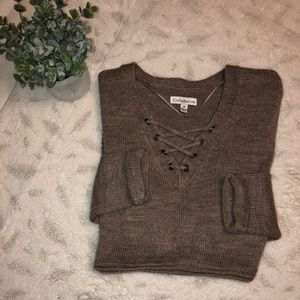 Brown knit v-neck sweater